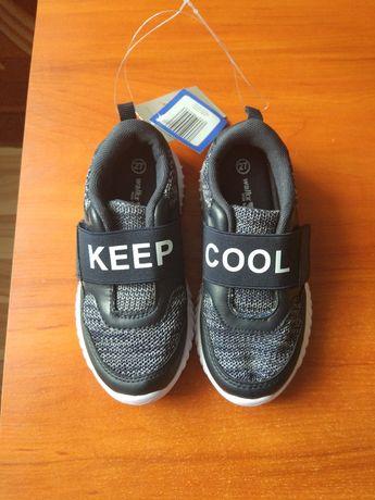 Adidasy chłopięce firmy Walkx rozmiar 27