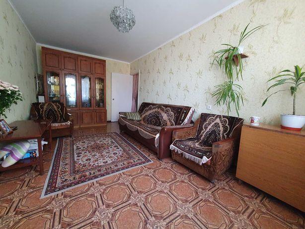 Продам 3-к квартиру в центре Павлограда (торг)