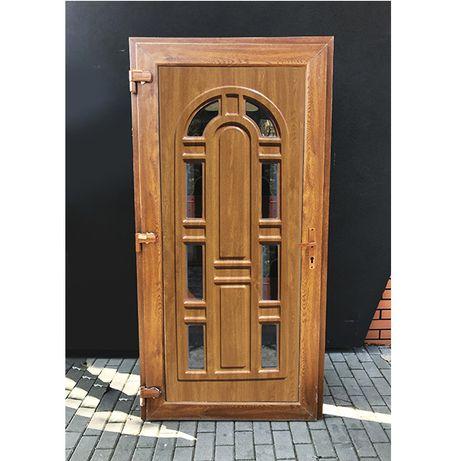 Drzwi wejściowe 100x210 złoty dąb