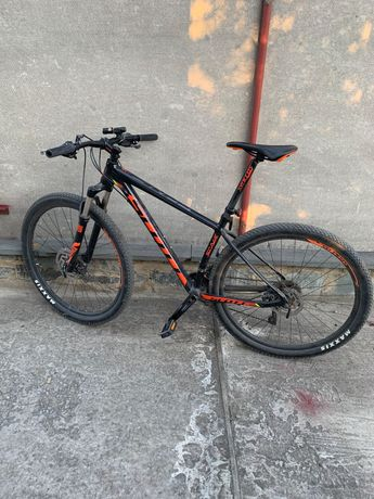 Продам горний велосипед Scott