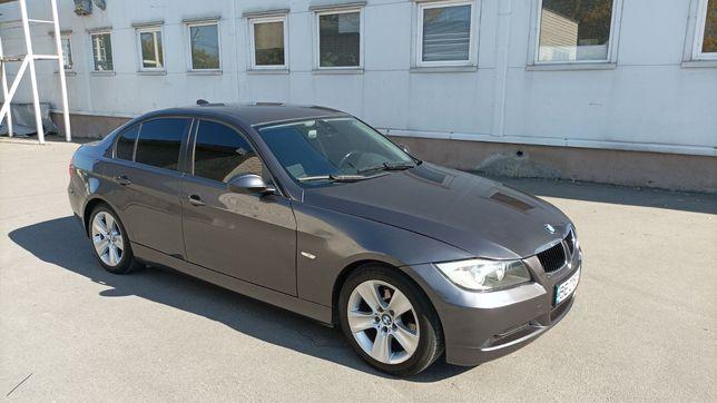 BMW E90  2005 г.в