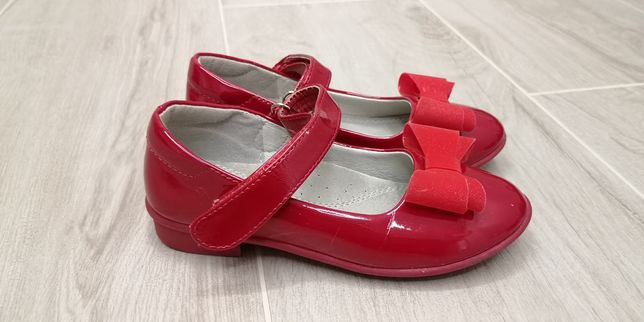 Ласковые туфли, стелька 18 см.