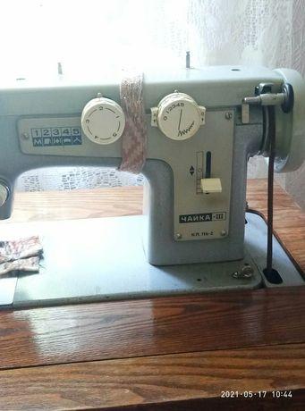 Продам швейную машинку Чайка -lllкл.116-2