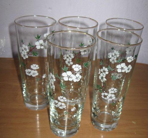 стаканы для сока с рисунком белых цветочков 5 штук