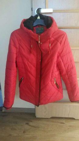 Nowa kurtka zimowa z kapturem rozmiar L