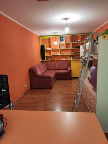Продам 2 комнатную квартиру в Калининском районе, ул. Марии Ульяновой