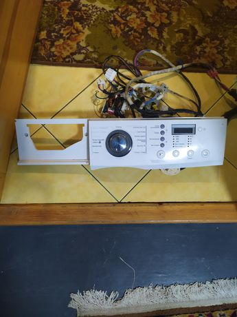 Продам плату управления от стиральной  машинки LG есть все запчасти