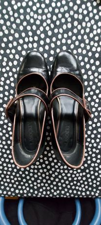 Czarne buty Lasocki