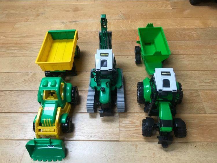 Traktor z przyczepą, traktor z siewnikiem, traktor z koparką Ożarów Mazowiecki - image 1