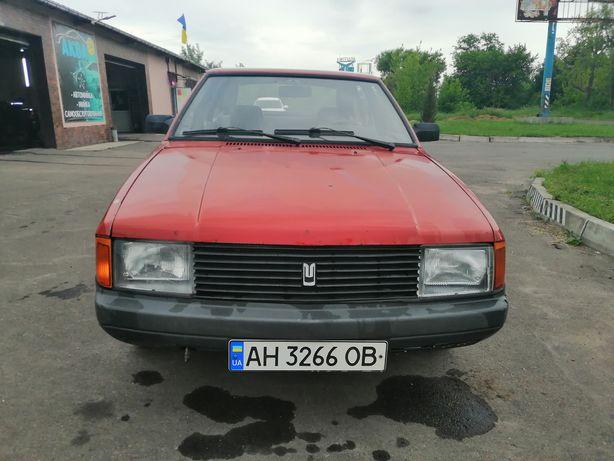 Продаю Москвич 2141