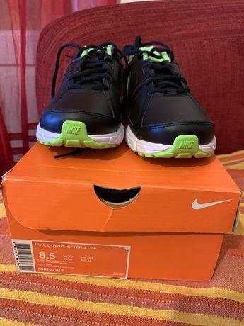 Nike downshifter 5 pele novos n caixa. 42 e 44 running trail corrida