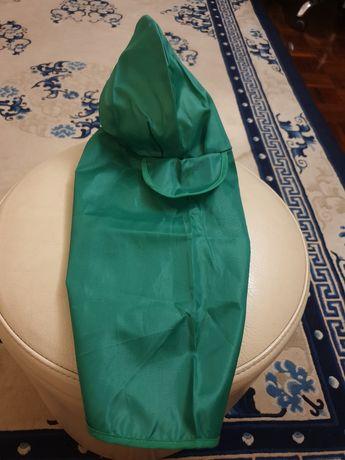 Capa verde para cão