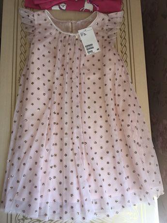 Нарядное фирменное платье размер 4-5 лет