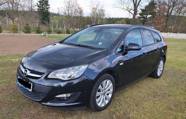 Opel Astra 2015r. 1,6 CTDI, idealny stan,podgrzewane fotele,kierownica
