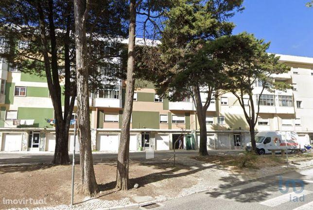 Prédio - 720 m² - T22