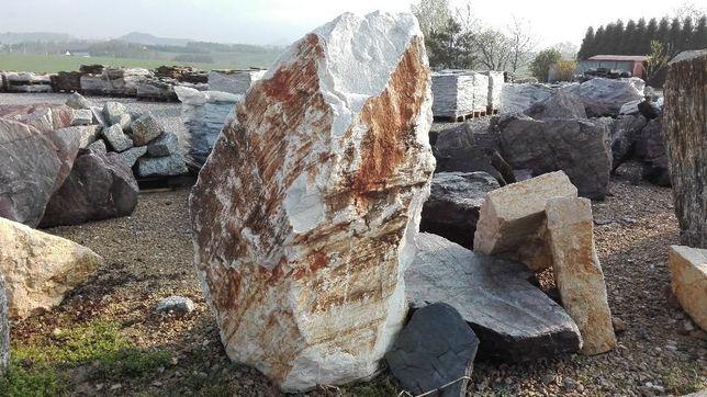 Głazy ogrodowe Monolity Kamień ogrodowy Gnejsy Granit