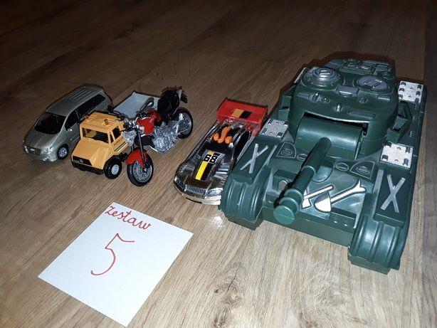 Zestaw pojazdów-autek dla dzieci