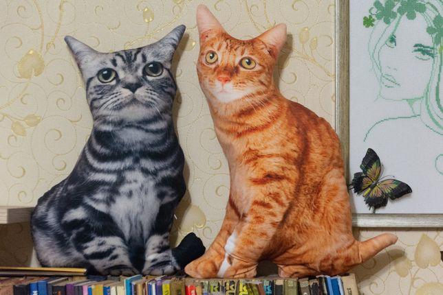 3D подушка в виде серого и рыжего кота