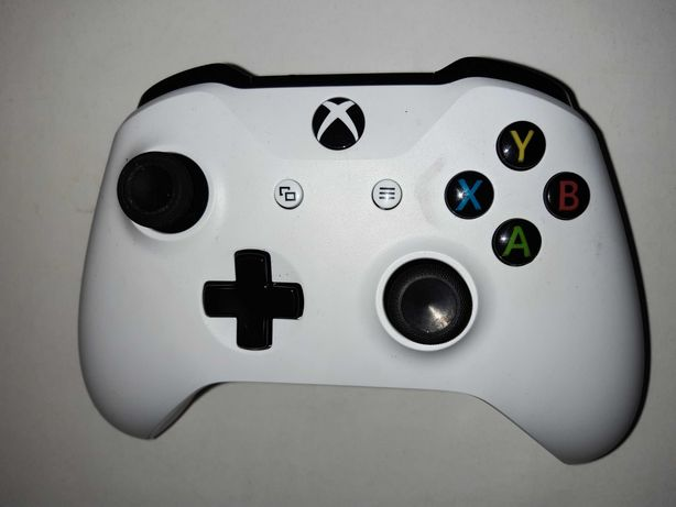 Pad do konsoli Xbox One