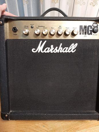 Marshall MG15R комбоусилитель