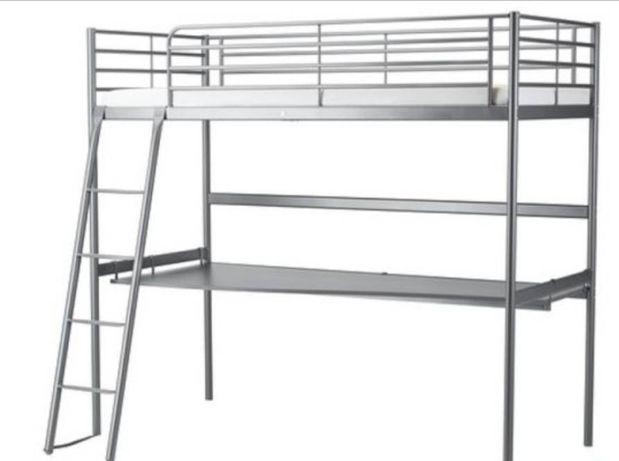 Łóżko piętrowe metalowe z blatem biurkowym, bez materaca Svarta Ikea