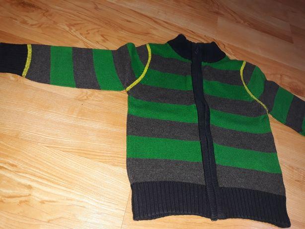 Sweterek rozm.92