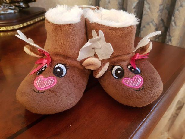 Тапочки ,угги,новогодние олени.пинетки,тапки.рождественские