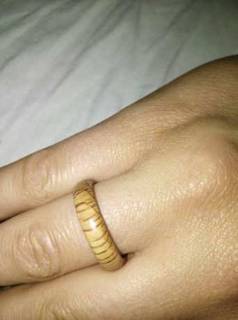 Anel de madeira, prenda aniversário, bodas 5anos,artesanal,