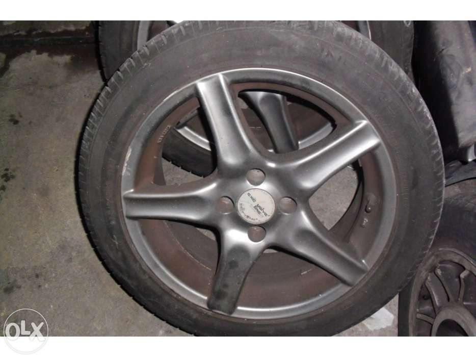 Jantes 16» Opel ou golf 3 4 furos Cartaxo - imagem 1