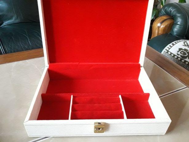 Stara szkatułka Design Philipp Szwecja