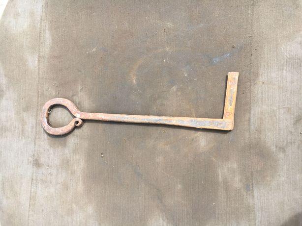 Продам Старинный кованый дверной ключ в коллекцию ретро царский СССР