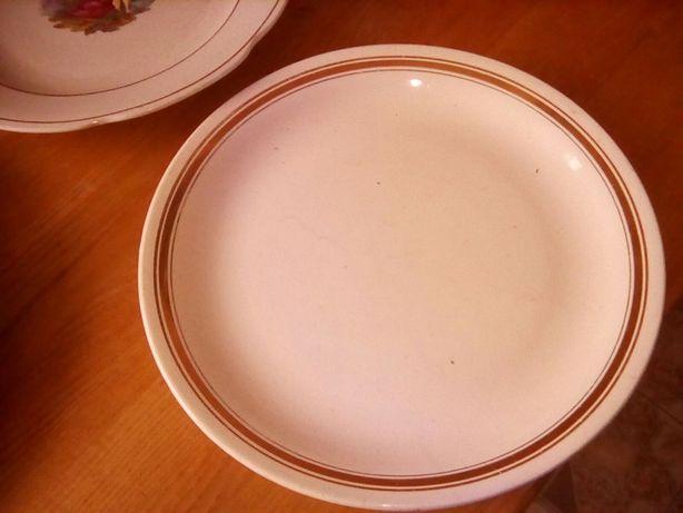 Кухонное керамическое блюдо времен СССР