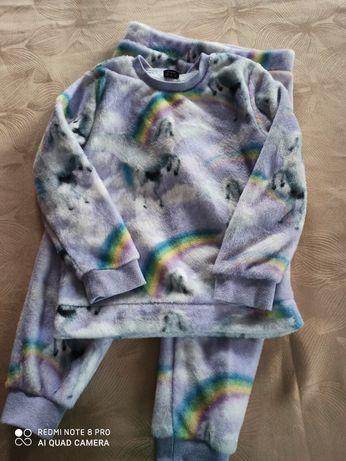Piżamka F&F 5 lat cieplutka