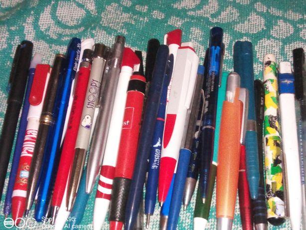 Продам ручки шариковые,40 шт б.у