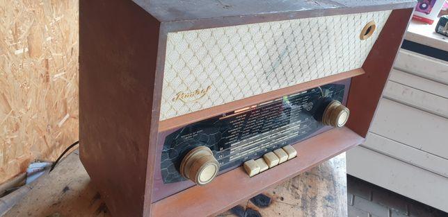 Diora Romans stare radio