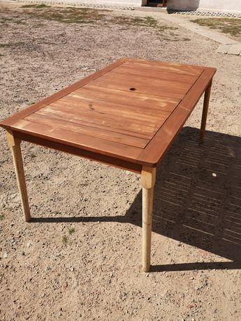 Stół ogrodowy z tacą obrotową