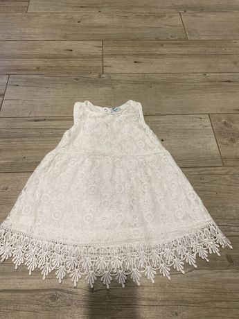 Biała sukienka świąteczna rozmiar 98. 2-3 latka