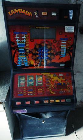 Obudowa automatu do gry Lambada .