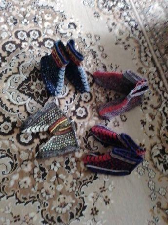 Вязанные тапочки-носочки для дома