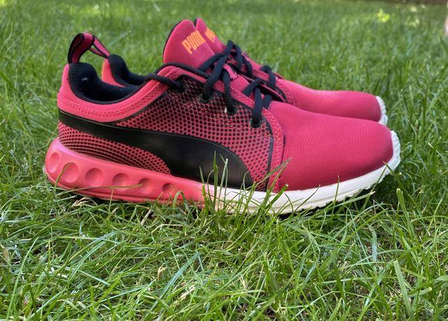 Кросівки Puma, Nike