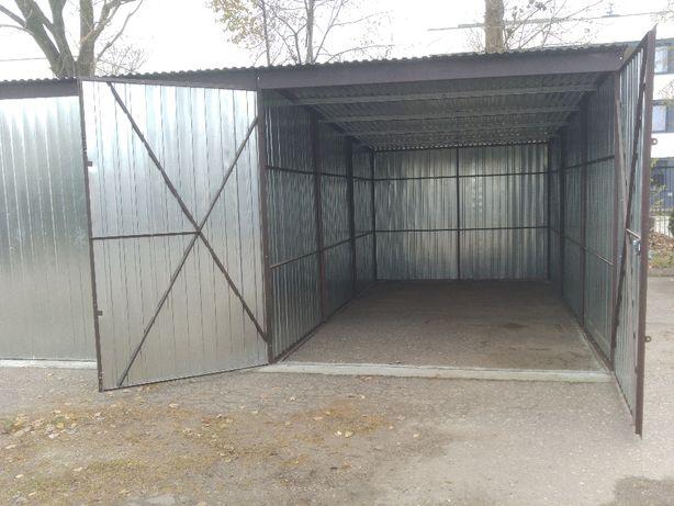 Duży garaż - teren z monitoringiem i dozorem