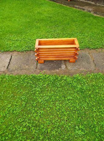 Doniczka drewniana ogrodowe