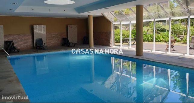 T3 Condomínio Fechado c/piscina