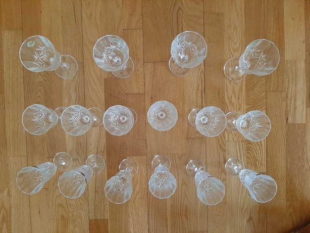 Conjunto de 18 copos de cristal D'Arques
