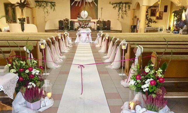 Dekoracja kościoła bukiet ślubny dekoracja sali wesele białe BMW