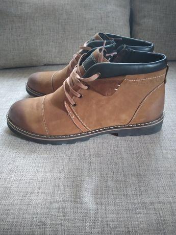 Ботинки мужские на меху Bertan