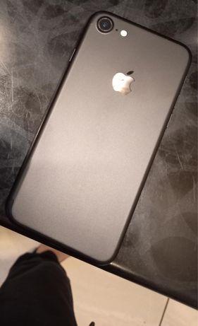 Iphone 7 в идеальном состояние