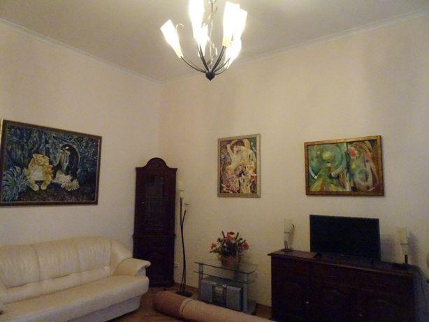 Воровского, 2-х отличная квартира, евроремонт, метро Университет центр
