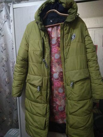 Продается женская зимняя куртка