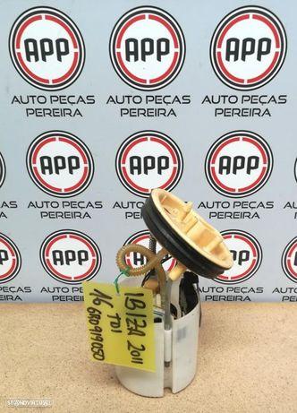 Bomba de combustível diesel Seat Ibiza 6J 1.6 TDI ref 6R0919050.